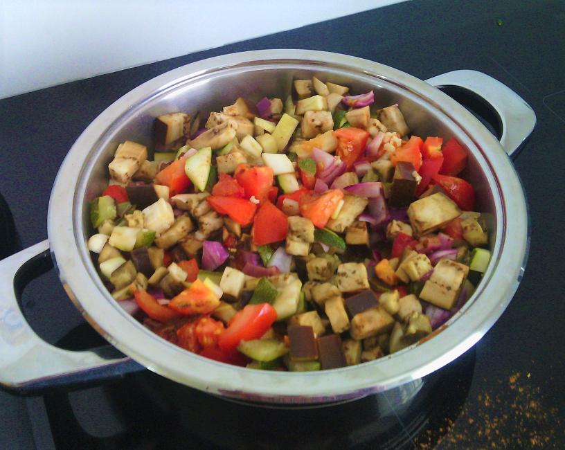 légumes d'été - C Très Bio- Atelier et cours de cuisine - Paimpol - Côtes d'Armor-Bretagne- Bord de mer - aubergine - bio