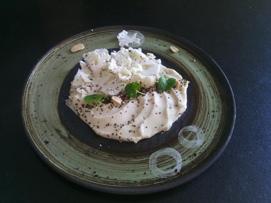 recette de chou-fleur en deux textures, cacahuètes Cours de cuisine C Très Bio Bretagne Côtes d'Armor