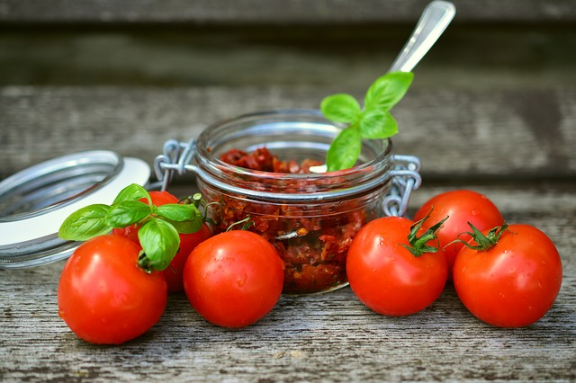 tomatoes-2500784_640