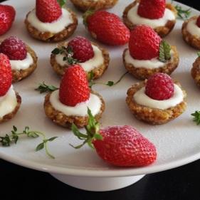 plateau tartelettes fraise et framboise